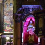 Boczny ołtarz w Jezusem